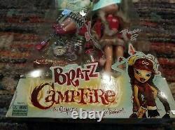 Bratz Campfire Phoebe Hard to Find new in the box little damaged