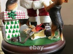 Danbury Mint Santa's Little Beagles Christmas Dog Figurine Hard to Find