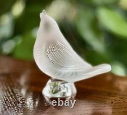 Lalique French Crystal Singing Robin Mint Condition Retail $435 Hard to Find