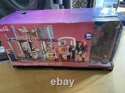 New Mattel Barbie Fashion Show Mall 100 Piece Playset Lights Sound Hard To Find