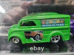 Summer Smash HOTWHEELS verry rare in mint shape with case HARD TO FIND 5 VANS