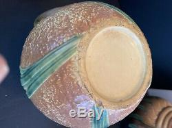VINTAGE Roseville Jonquil Vase 530-10 MINT HARD TO FIND SHAPE